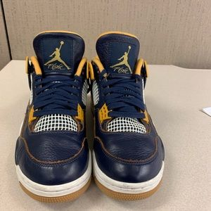 Dunk Above Retro 4 size 8.5
